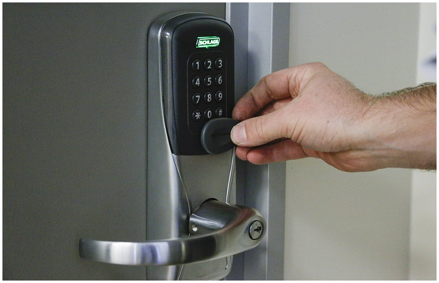 Commercial Locks - Shops, Offices and Warehouses